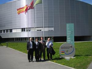B.I.U. delegation in front of the UCI seat in Aigle