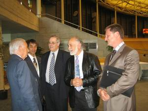 Before the meeting with Mr. Verbruggen we had a chance to talk with Mr. Juan Antonio Samaranch